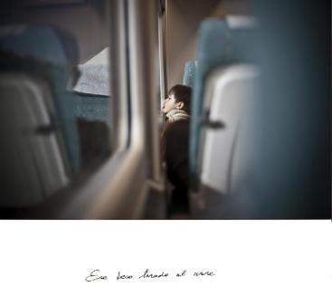 """""""Un beso tirado al aire"""" Cristina de Middel"""